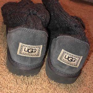 Black knit uggs